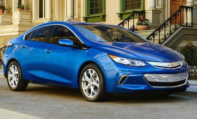 2016-Chevrolet-Volt-010-660x400