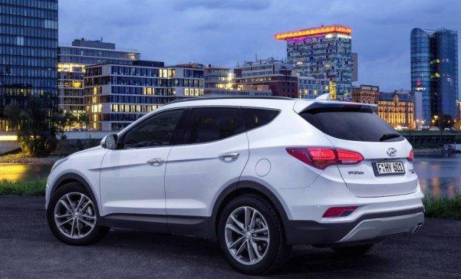 2017-Hyundai-Santa-Fe