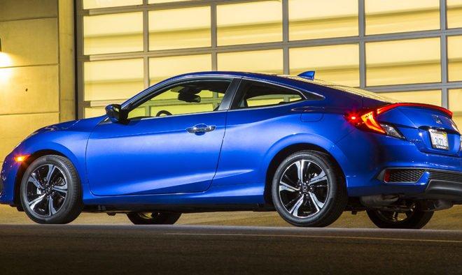 2016-Honda-Civic-Coupe-Rear