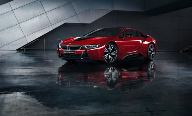 BMW-i8-Celebration-Edition-Protonic-Red-2-750x500-660x400
