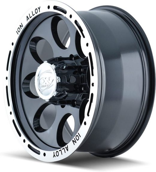The Ion Beadlock wheel also takes inspiration from steel wheels but takes advantage of the weight and strength of alloys. It is relatively lightweight and fits trucks and SUVs.