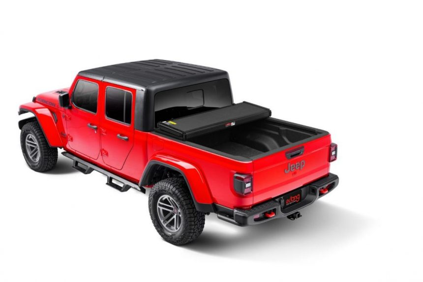 Extang Solid Fold 2.0 Jeep Gladiator 2020-21 bed cover