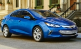 2017 Toyota Prius Prime: Volt Looking Wary