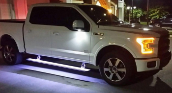 FORD F-150 RUNNING BOARDS FOR PASSENGER COMFORT AND SAFETY: INSTALL THESE ACCESSORIES TO BOOST YOUR PICKUP TRUCK'S VERSATILITY!